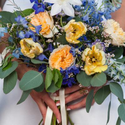 How to Choose Your Wedding Floral Designer